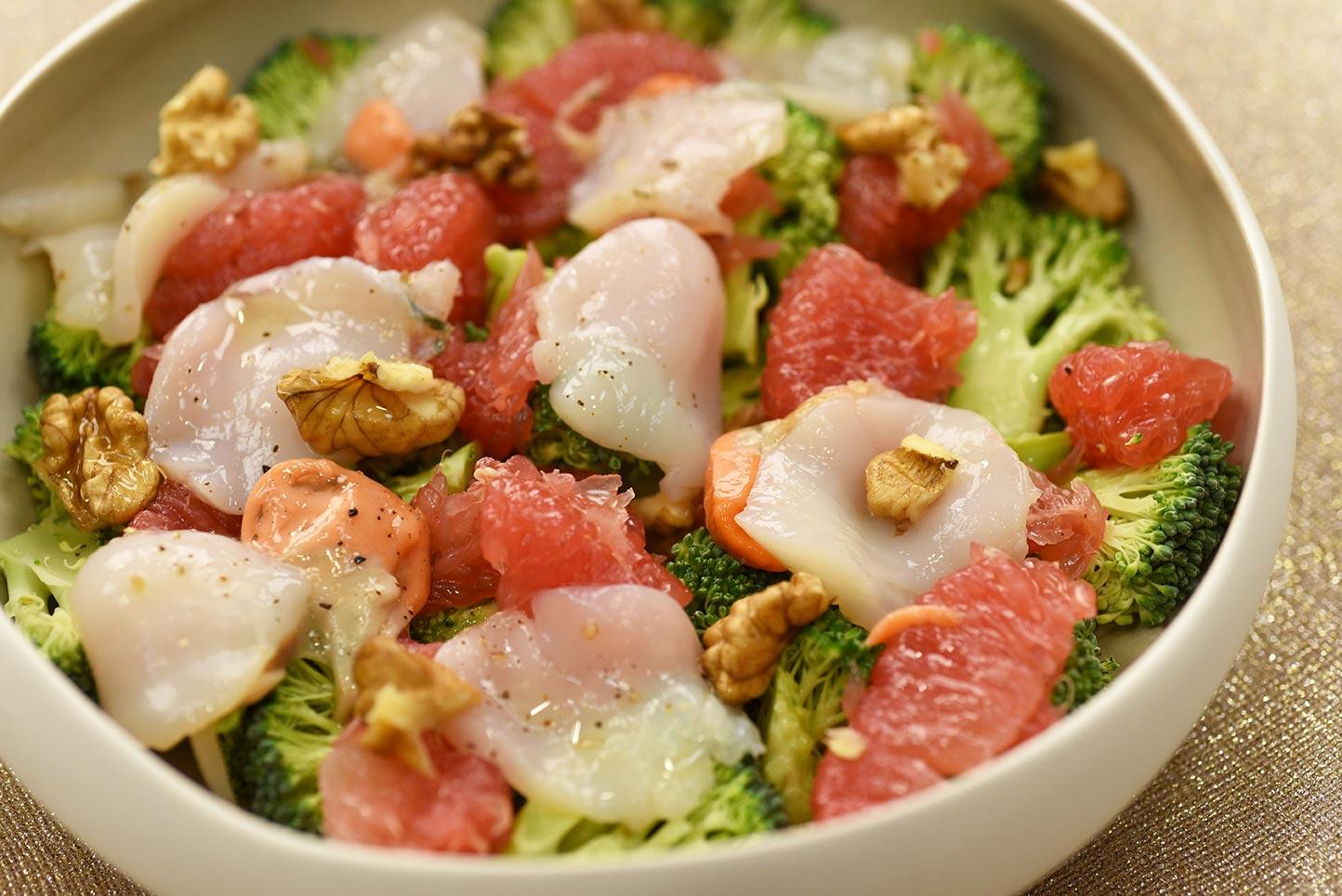 Salade de saint-jacques et pamplemousse